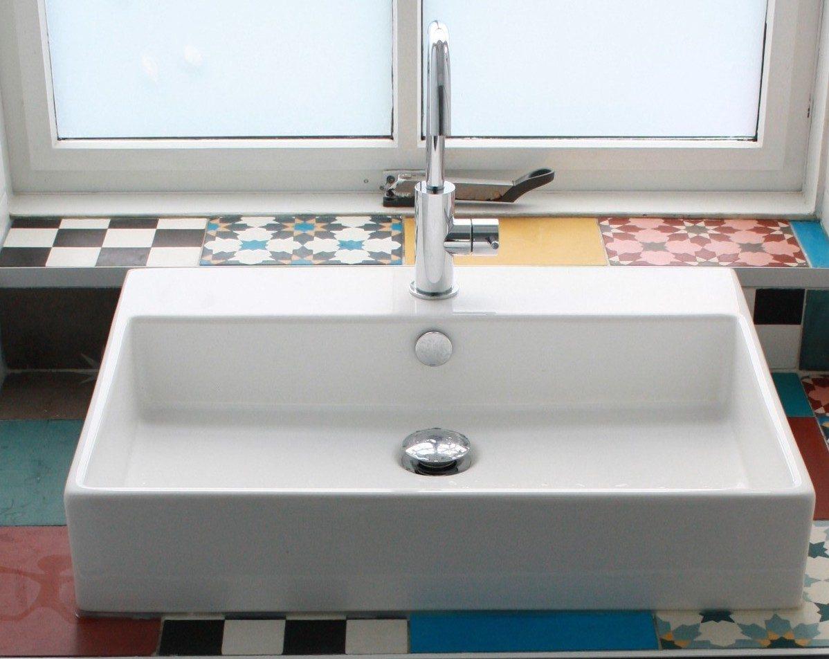 Wastafel met designtegels wastafelmeubel op maat