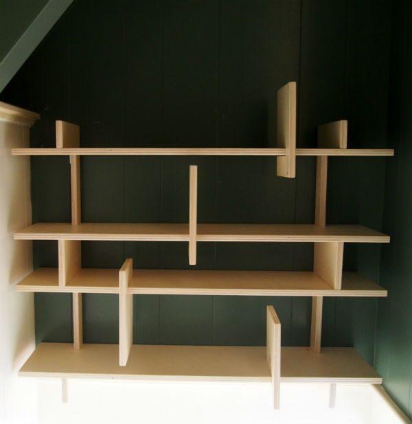 Boekenkast in het trapgat